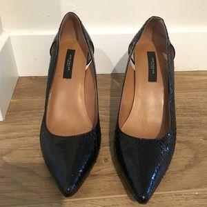 Anne Taylor Black Snake Print heel